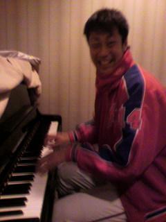 ピアニスト篠田!